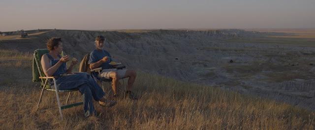 Země nomádů (Nomadland) – Recenze