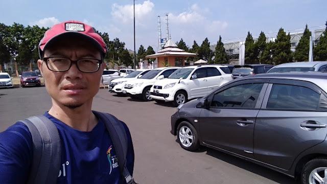 Pasar mobil bekas Bandung