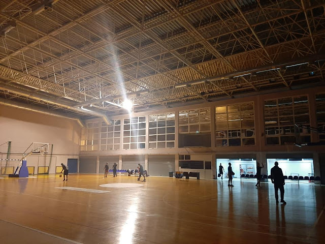 Μόλις ένας από τους 44 προβολείς λειτουργεί στο νέο Κλειστό Γυμναστήριο Άρτας