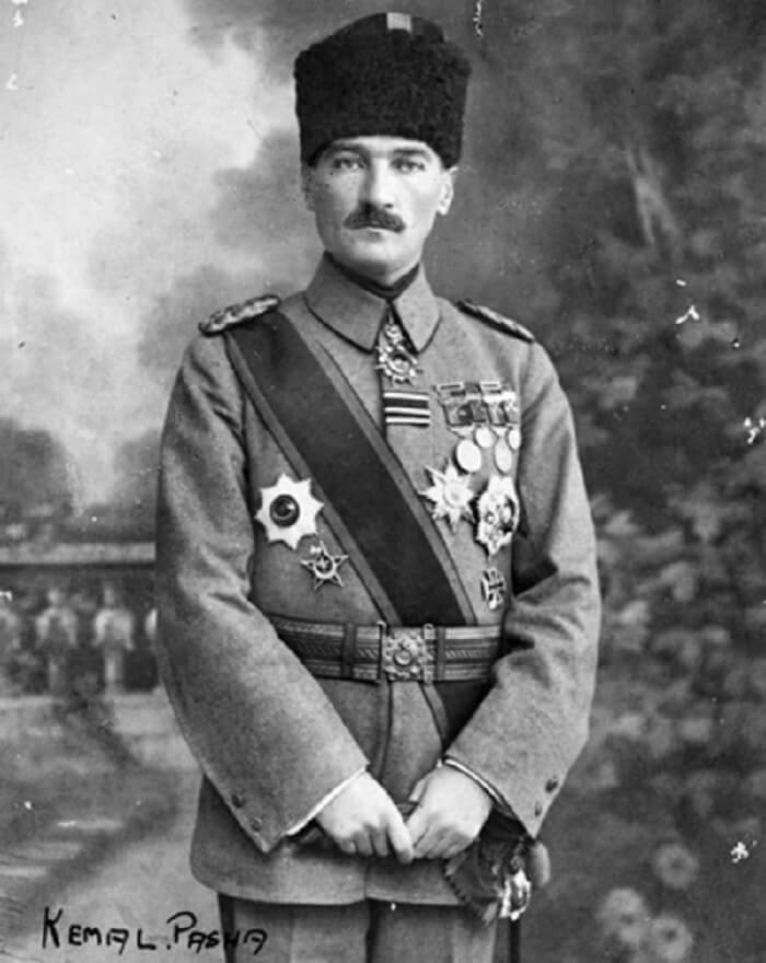 Mustafa Kemal Ataturk bangsa Yahudi