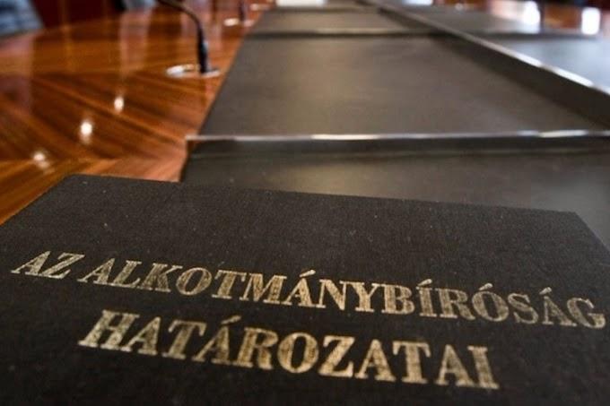 Nem alkotmányellenesek a rémhírterjesztésre vonatkozó szabályok