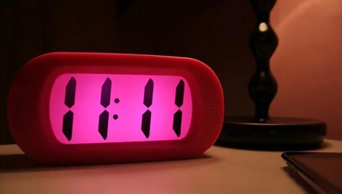 Significado de horas e minutos iguais no relógio