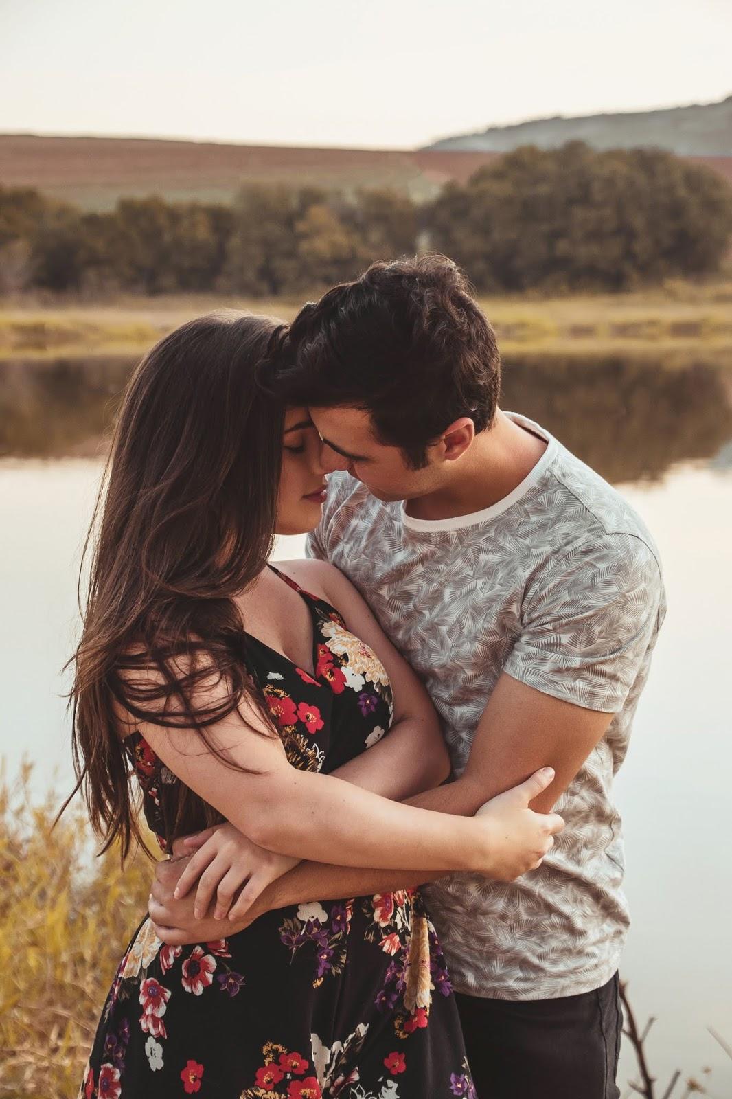 Romantic Whatsapp Status Video Free Downloads