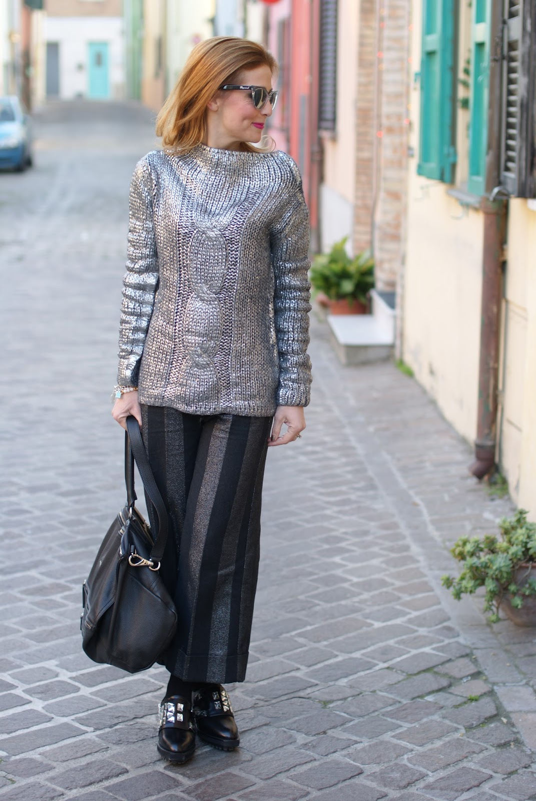 Black with silver outfit on Fashion and Cookies fashion blog, fashion blogger style