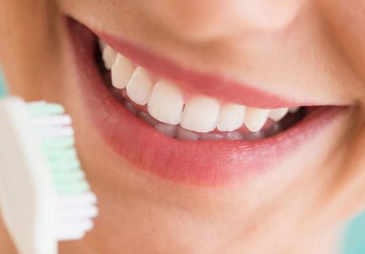 Senyum Memukau Dengan Gigi Putih Bersinar 6 Tips Kesehatan Dan