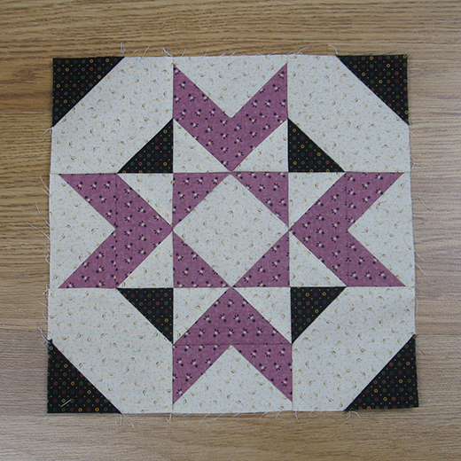 Salem Quilt Block designed by Elaine Huff of Fabric406