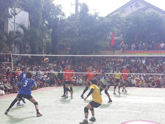 4T - Thanh Thúy giúp Thị trấn Ea ĐRăng vô địch cúp EaH'Leo 2020