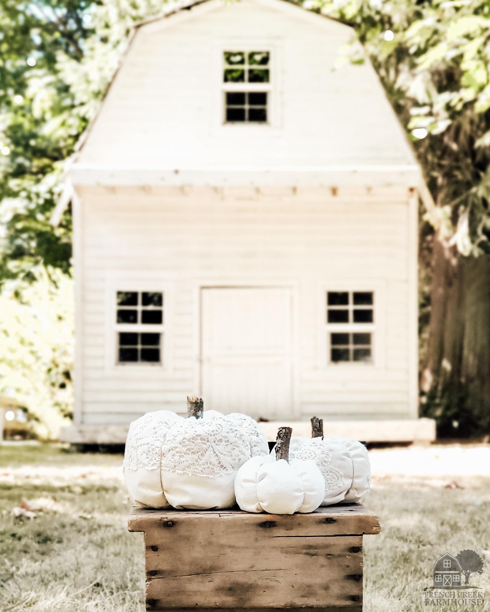 DIY fabric pumpkins are perfect fall farmhouse decor