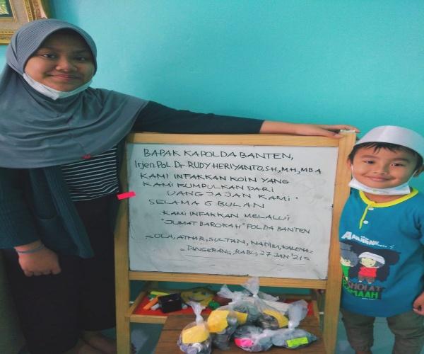 6 Bulan Dikumpulkan, Ola Infakkan Ratusan Koin Melalui Tim Jum'at Barokah Polda Banten