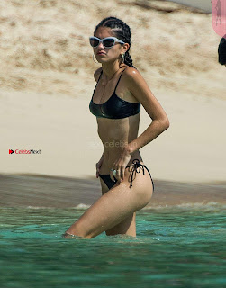 Kim Turnbull in Blsack Bikini 2017  25 ~ Celebs.in Exclusive Celebrities Galleries