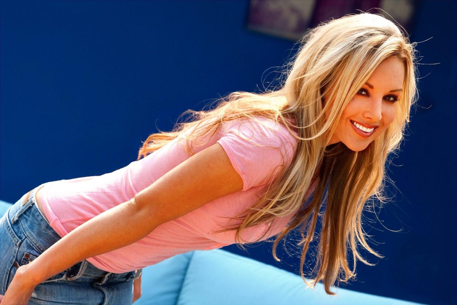 kayden kross smiling image