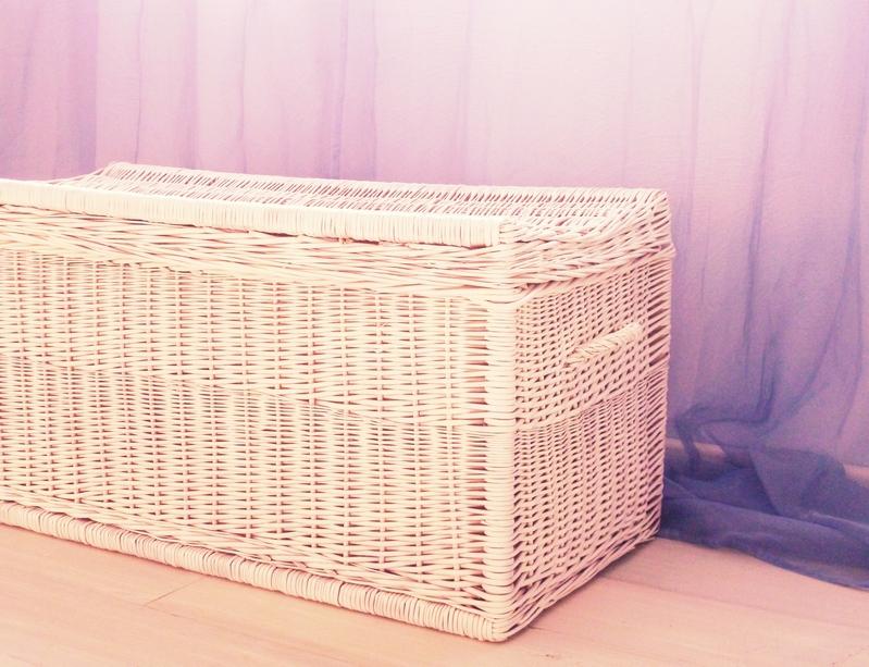 diy korbtruhe wei anspr hen nicest things. Black Bedroom Furniture Sets. Home Design Ideas