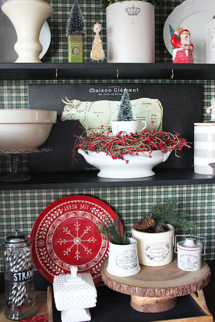 Christmas Hutch Decorating And Some Fun Projects From Itsy Bits And Pieces Blog