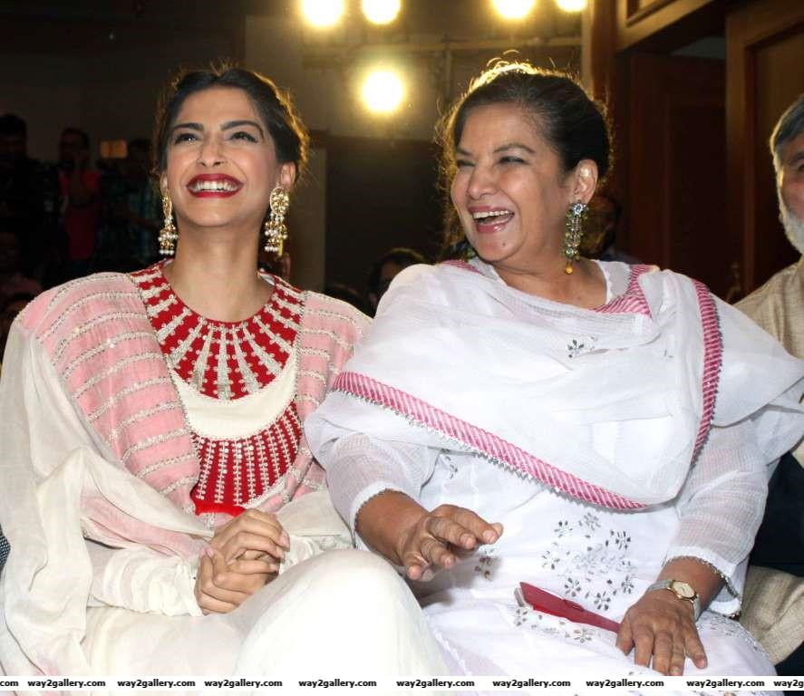 Sonam Kapoor and Shabana Azmi are all smiles at the success meet of Neerja