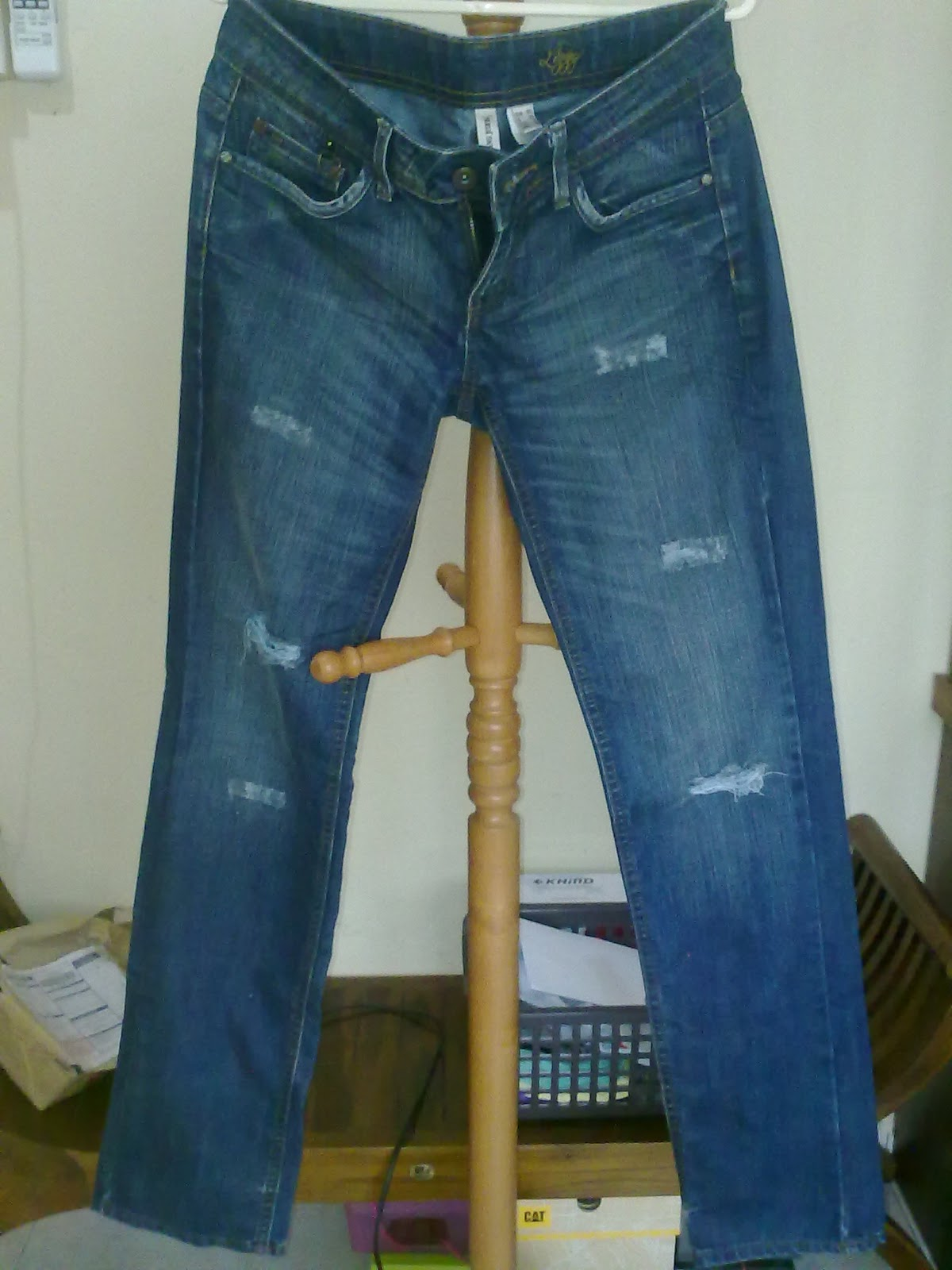 Find new and preloved mng jeans items at up to 70% off retail prices. Poshmark makes shopping fun, affordable & easy!