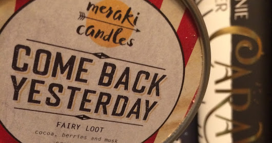 Candle Reviews: Meraki Candles & The Melting Library
