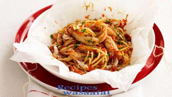 Crab spaghetti in a bag
