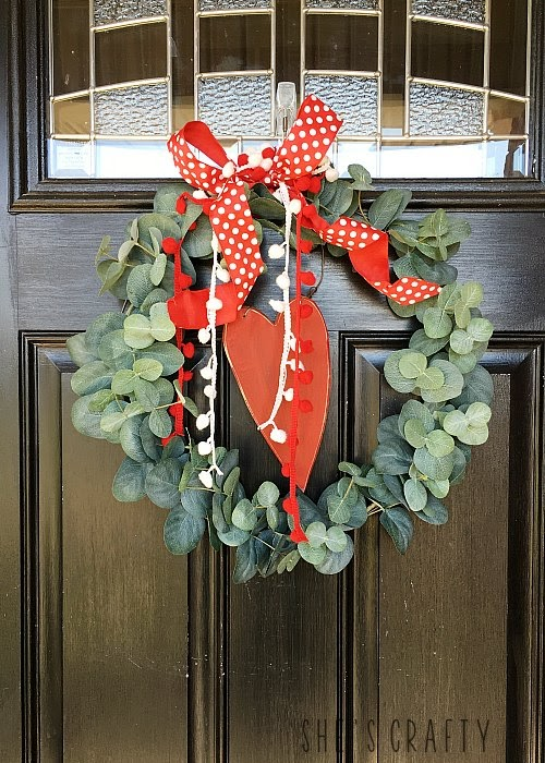 Valentine's Day Vignettes, front door wreath for Valentine's Day