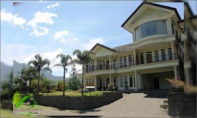 Villa La Bagasta Villa Istana Bunga