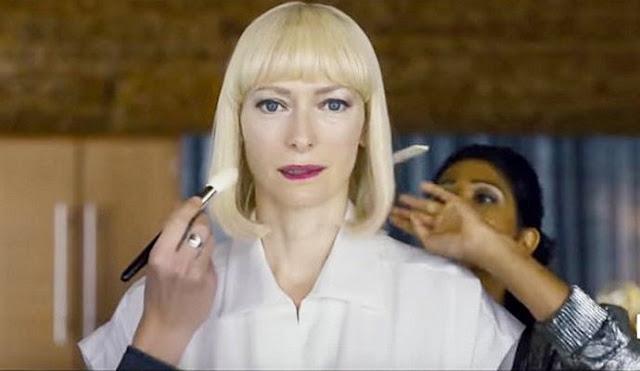 Tilda Swinton en méchante chef d'entreprise dans Okja, de Joon-Ho Bong (2017)