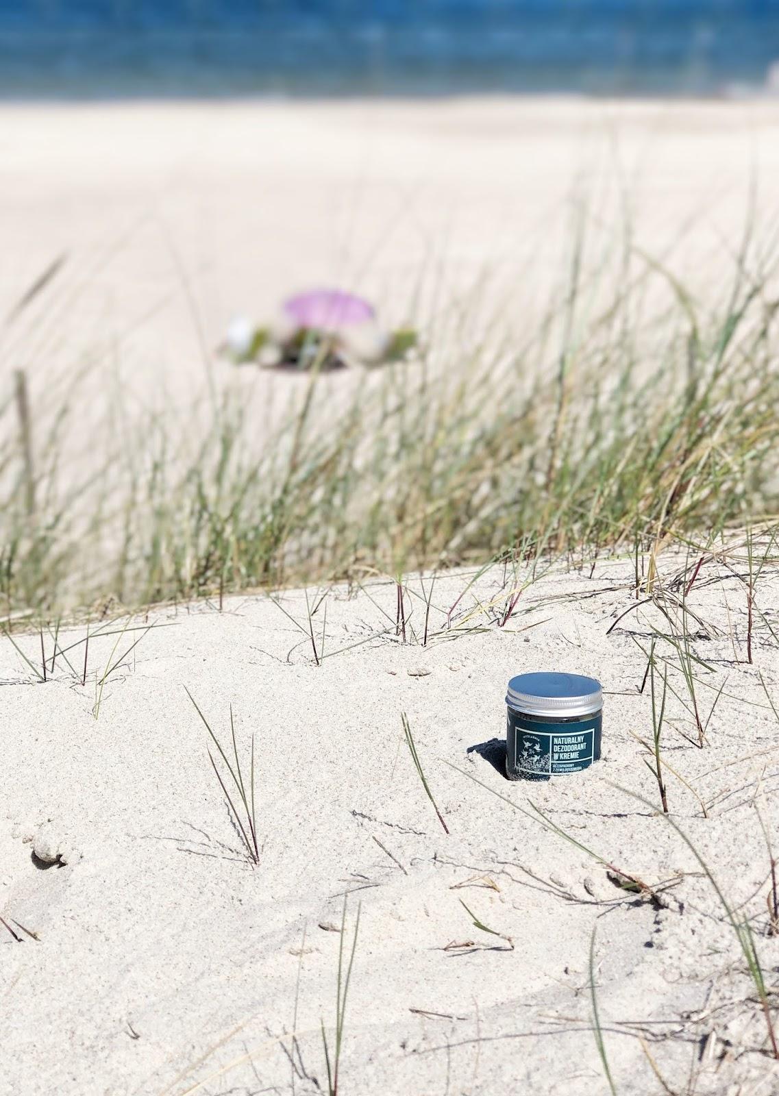 Naturalny dezodorant w kremie Cztery Szpaki kontra upały