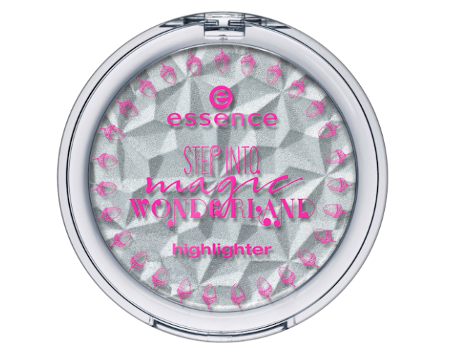 essence-step-into-magic-wonderland-illuminante