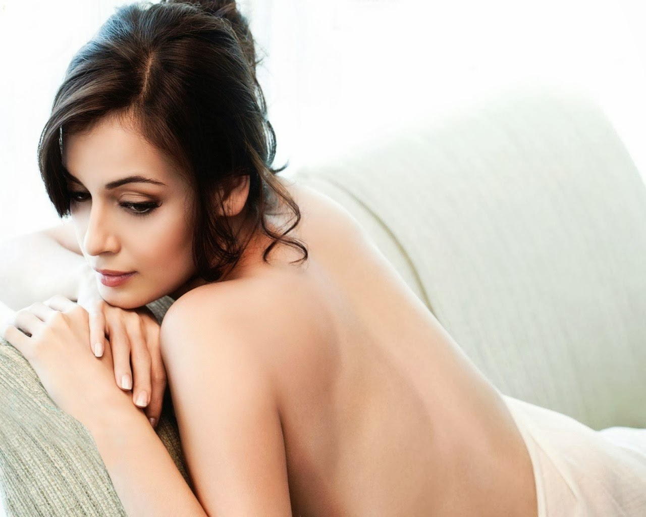 Sexy Images Of Dia Mirza