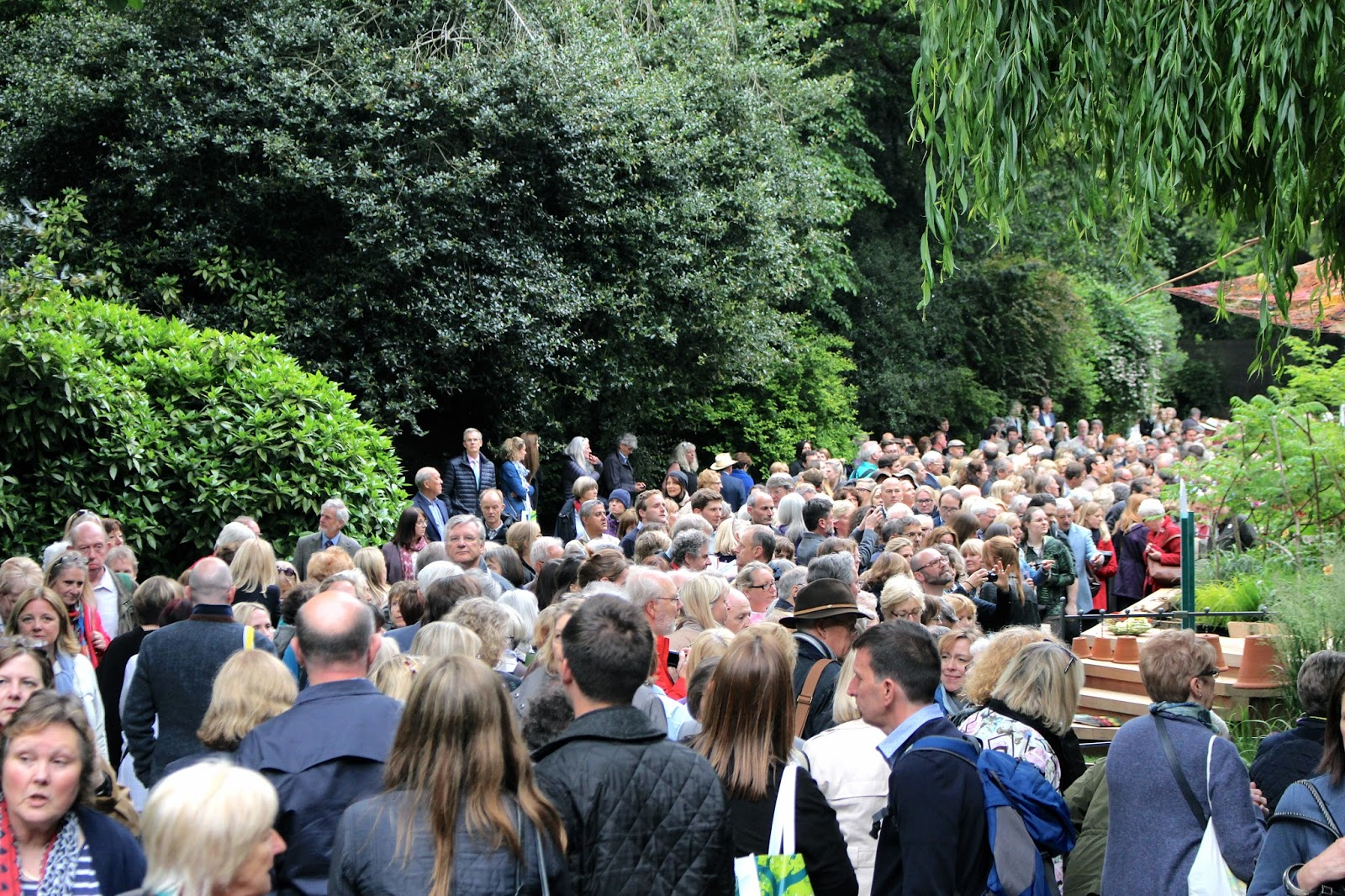 Crowds at Chelsea Flower Show 2016