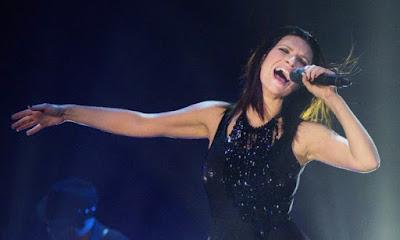 Laura Pausini bio, canzoni, testi, gossip