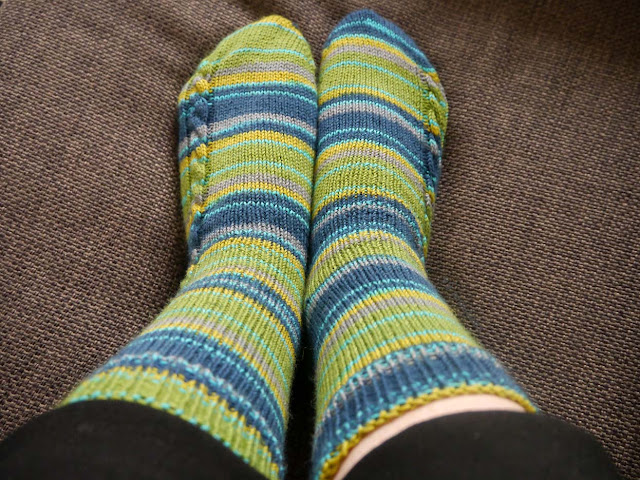 chaussettes en tricot modèle Socks on a plane