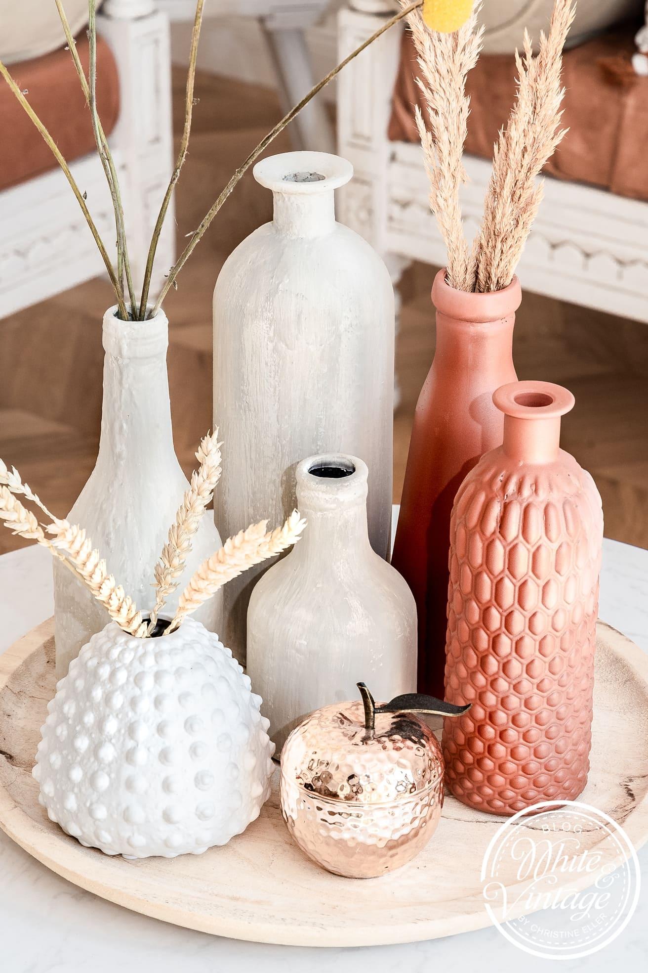 Terracotta Vase selber machen mit Farbe und Backpulver