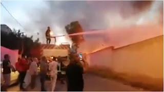 بالفيديو حريق هائل باحد الملاعب في سوسة