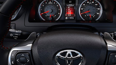 2016 Toyota Camry XSE Review Los Angeles Engine