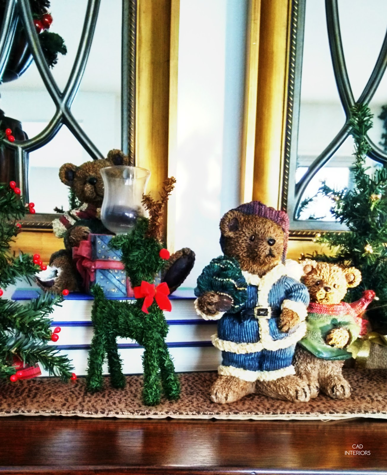 Christmas holiday decorating traditional classic interior decorating trees reindeers bears
