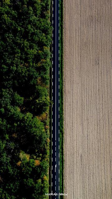 la route est droite