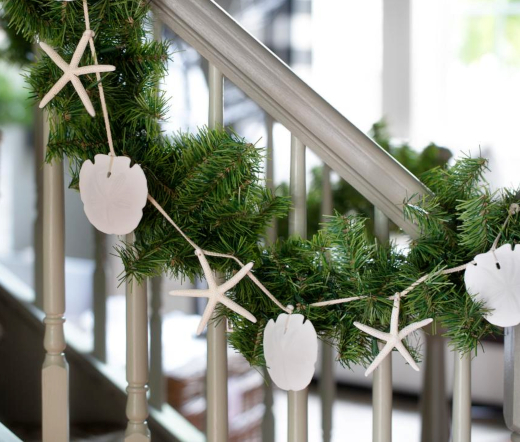 Evergreen Garland with Starfish or Staircase