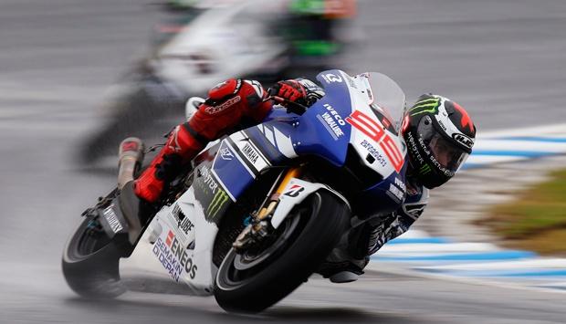 berita Motogp Lorenzo : Karena Michelin, Pembalap Sering Terjatuh