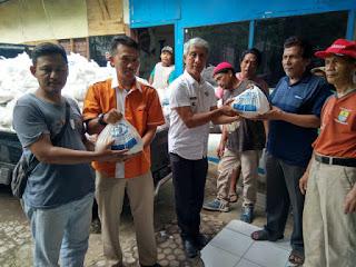 3000 Paket Sembako Dari FPB Untuk Kelurahan Panjunan