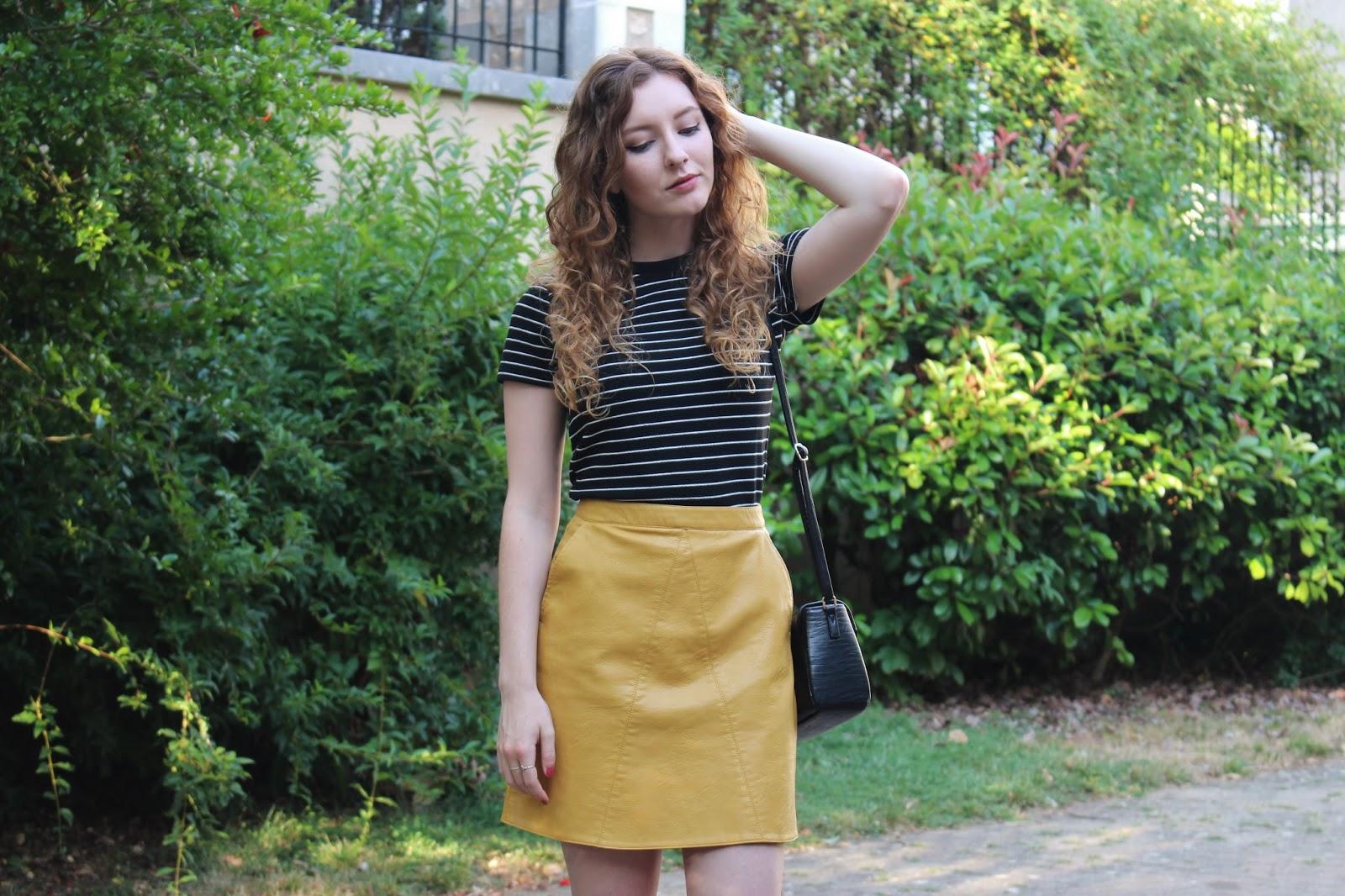 aa9a123227 Zara Green Faux Leather Skirt | Saddha