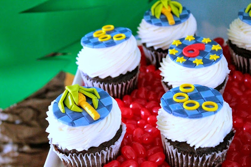 sonic the hedgehog cupcakes, sonic the hedgehog parties, video game parties