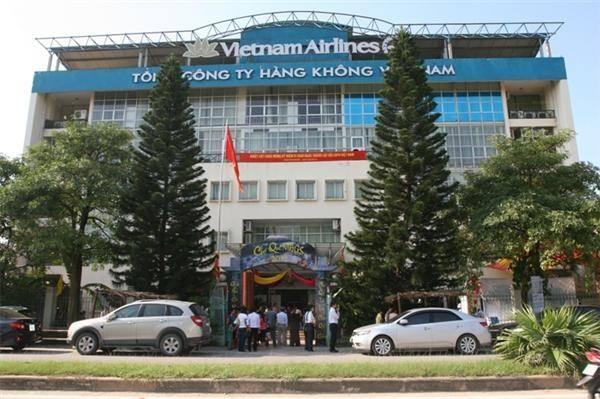 Tổng Công ty Cảng Hàng Không VN (ACV) thu phí trái phép, khinh thường pháp luật?