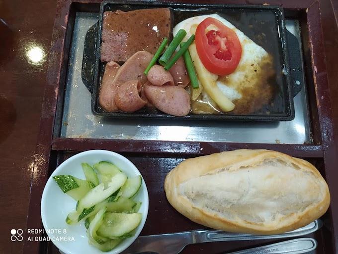 Tiệm bánh mì chảo 35k - 324 Bạch Mai