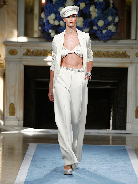 Fashion Runway | Salvatore Ferragamo Cruise-Resort 2012 Milan Fashion Week