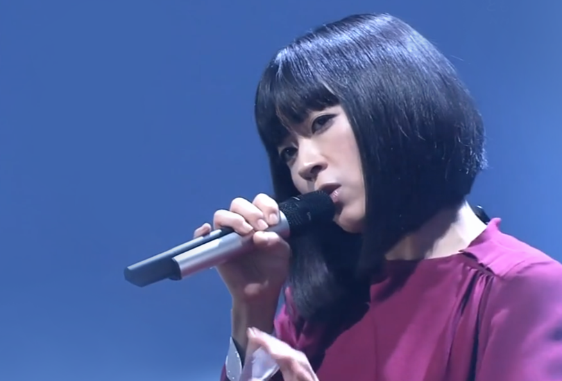 "Hikaru Utada performs ""Tomodachi"" on Japanese national television and becomes Queen of the gays 