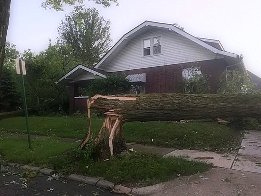 Possible Pendleton Tornado: City closed to cars after a night of heavy storms