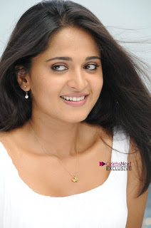 Actress Anushka Latest Exclusive Pictureshoot Gallery  0022