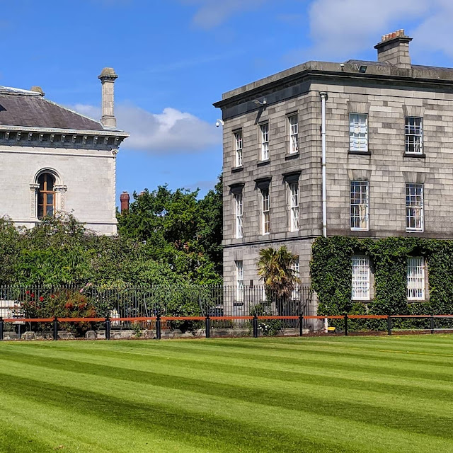 One day in Dublin City: Trinity College Dublin campus