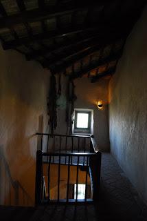 Il Castello di Montebello - la leggenda di Azzurrina