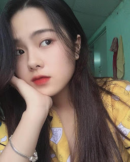 Nữ sinh xứ Huế với góc nghiêng đẹp xuất thần xao xuyến bao trái tim