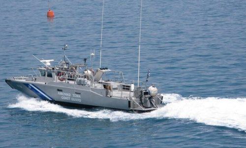 Η εξαφάνιση του 89χρονου είχε σημάνει συναγερμό στις αρχές καθώς το σκάφος που διέθετε ήταν αγκυροβολημένο κοντά στο αλιευτικό καταφύγιο της Πρέβεζας.